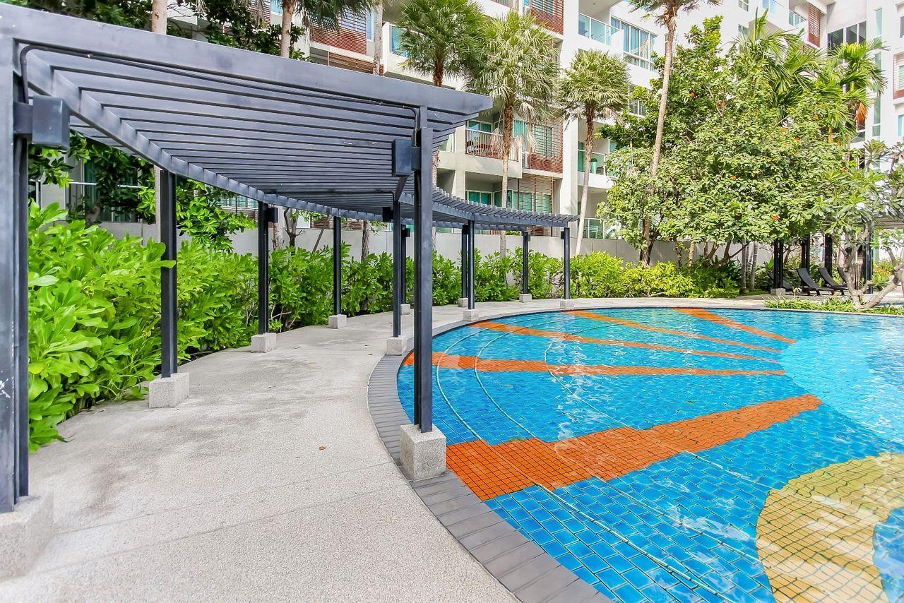 Thaiproperty1 Agency's 2 bedroom condo close to the beach 24