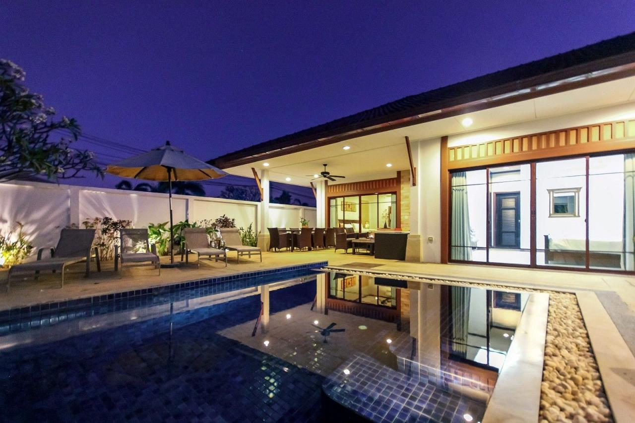 Thaiproperty1 Agency's Pool Villa with 4 bedrooms in beautiful and well run project 2