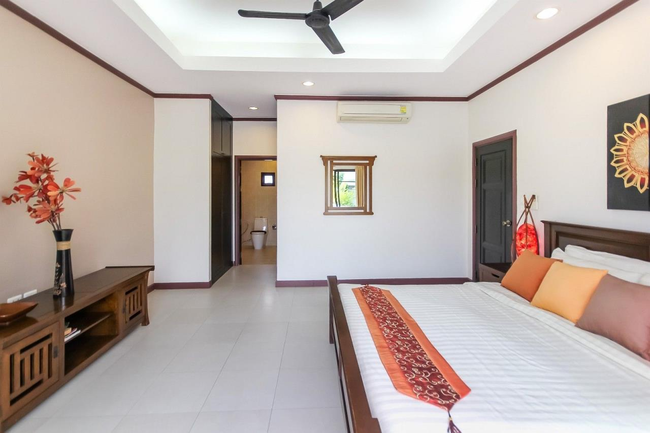 Thaiproperty1 Agency's Pool Villa with 4 bedrooms in beautiful and well run project 19