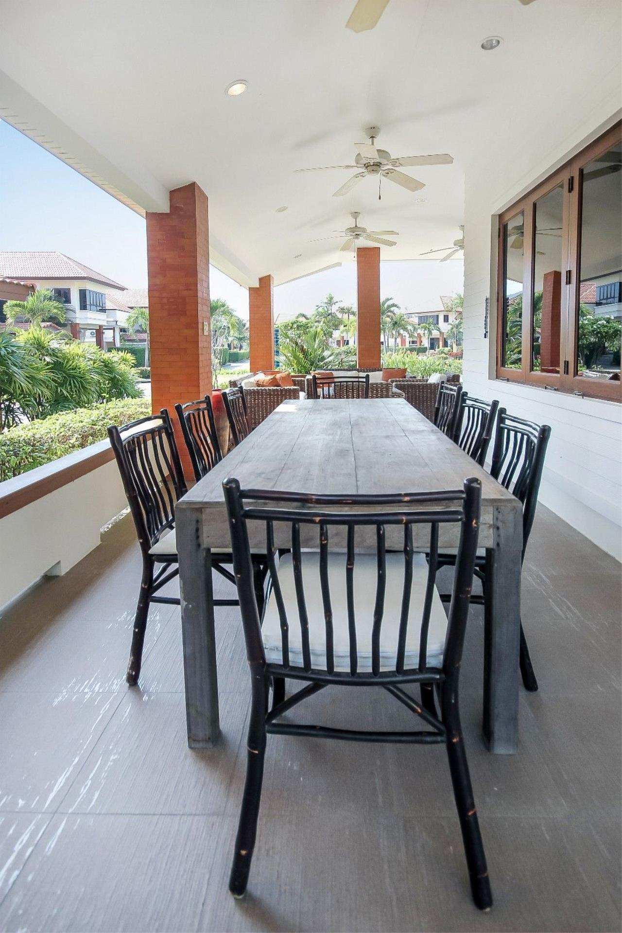 Thaiproperty1 Agency's 4 Bedroom Pool Villa in Hua Hin 11