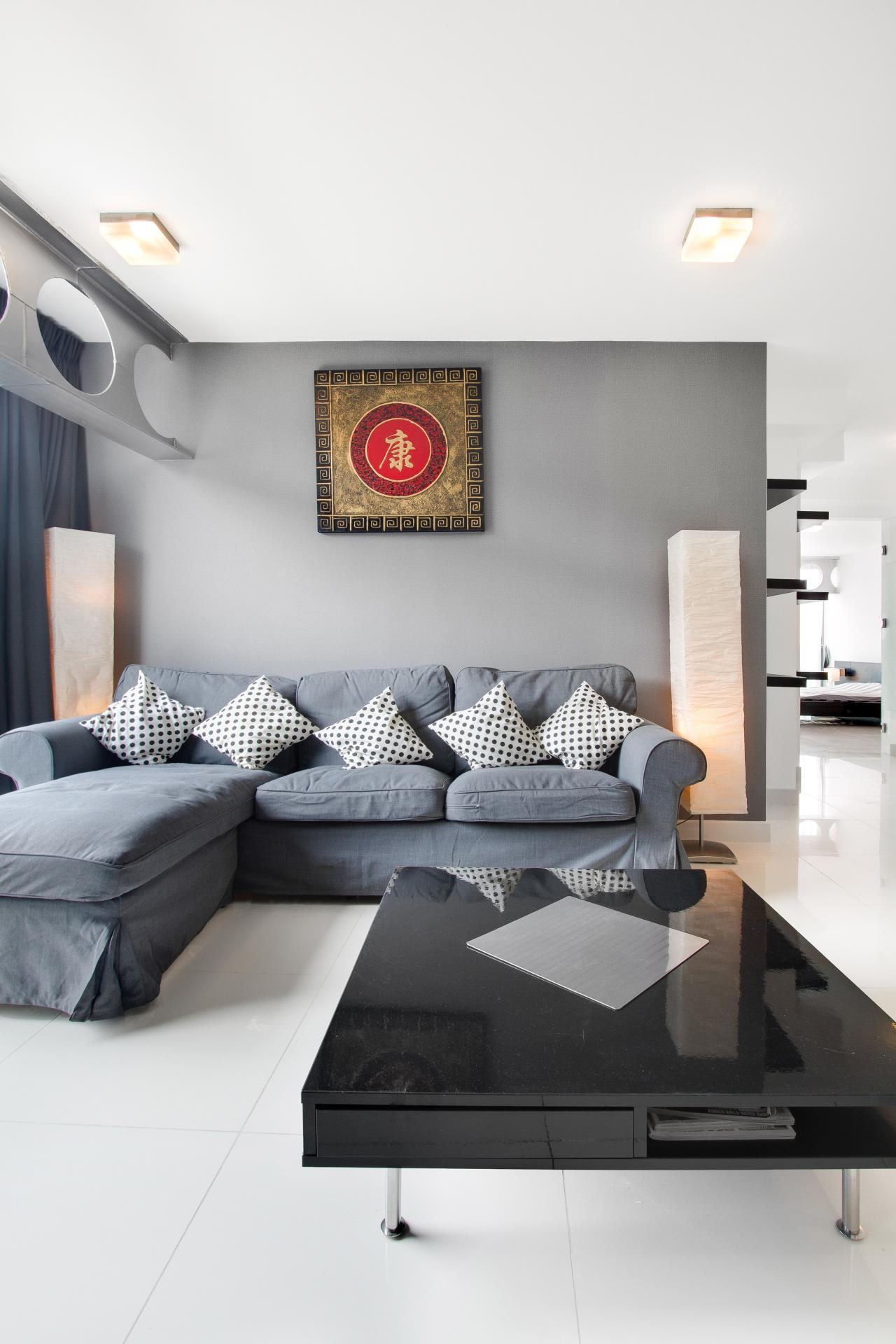 Thaiproperty1 Agency's Condo Only 10 Minutes from Pattaya Walking Street, Seller Finance! 5