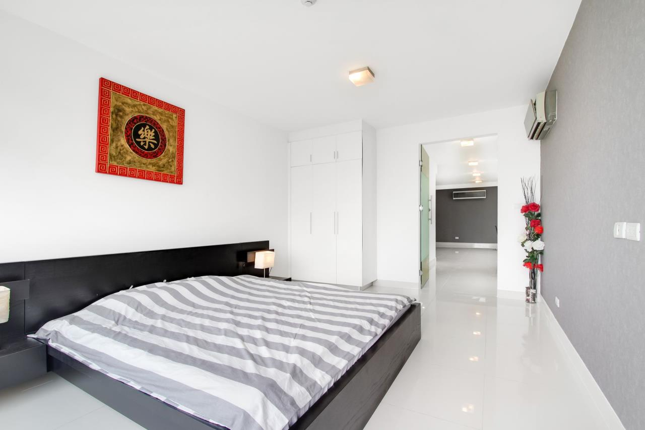 Thaiproperty1 Agency's Condo Only 10 Minutes from Pattaya Walking Street, Seller Finance! 19