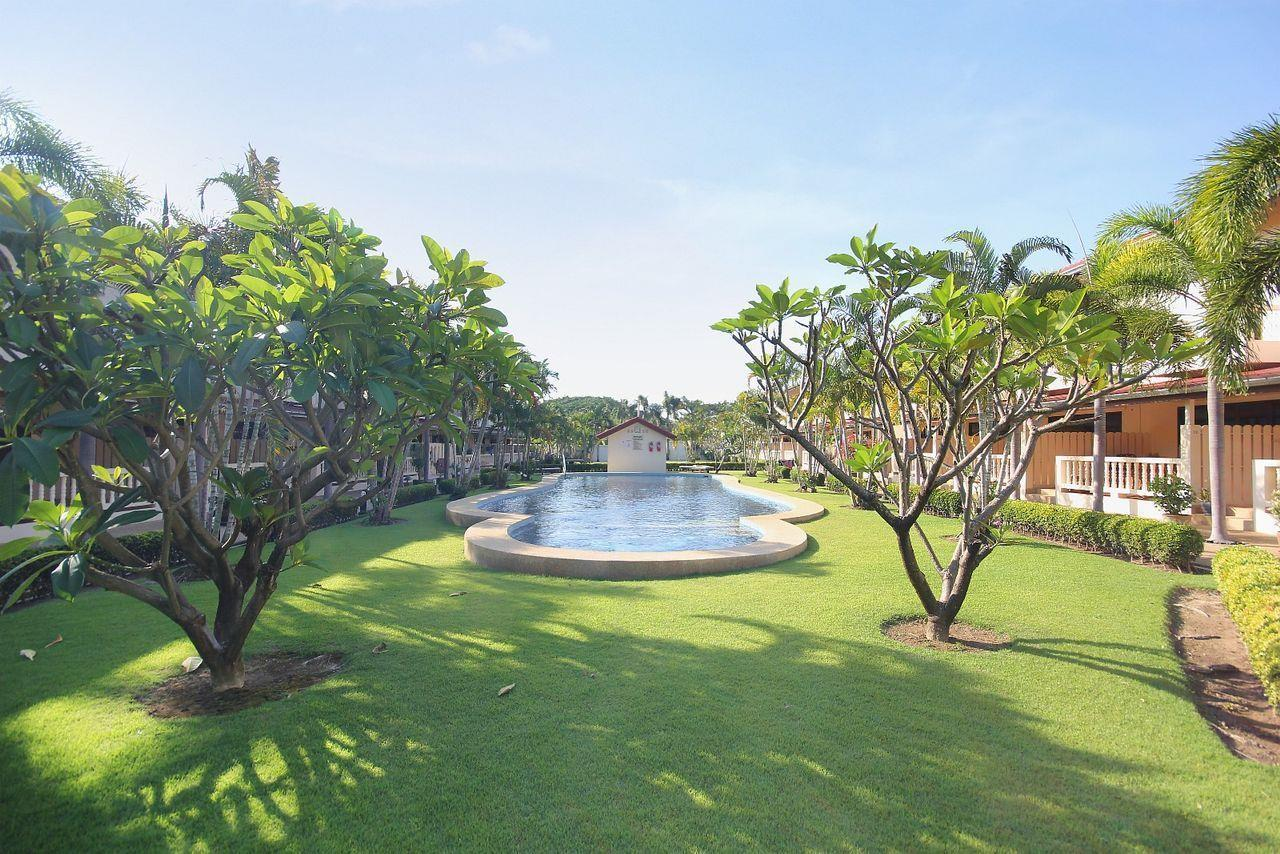 Thaiproperty1 Agency's A very nice townhouse in great location 23