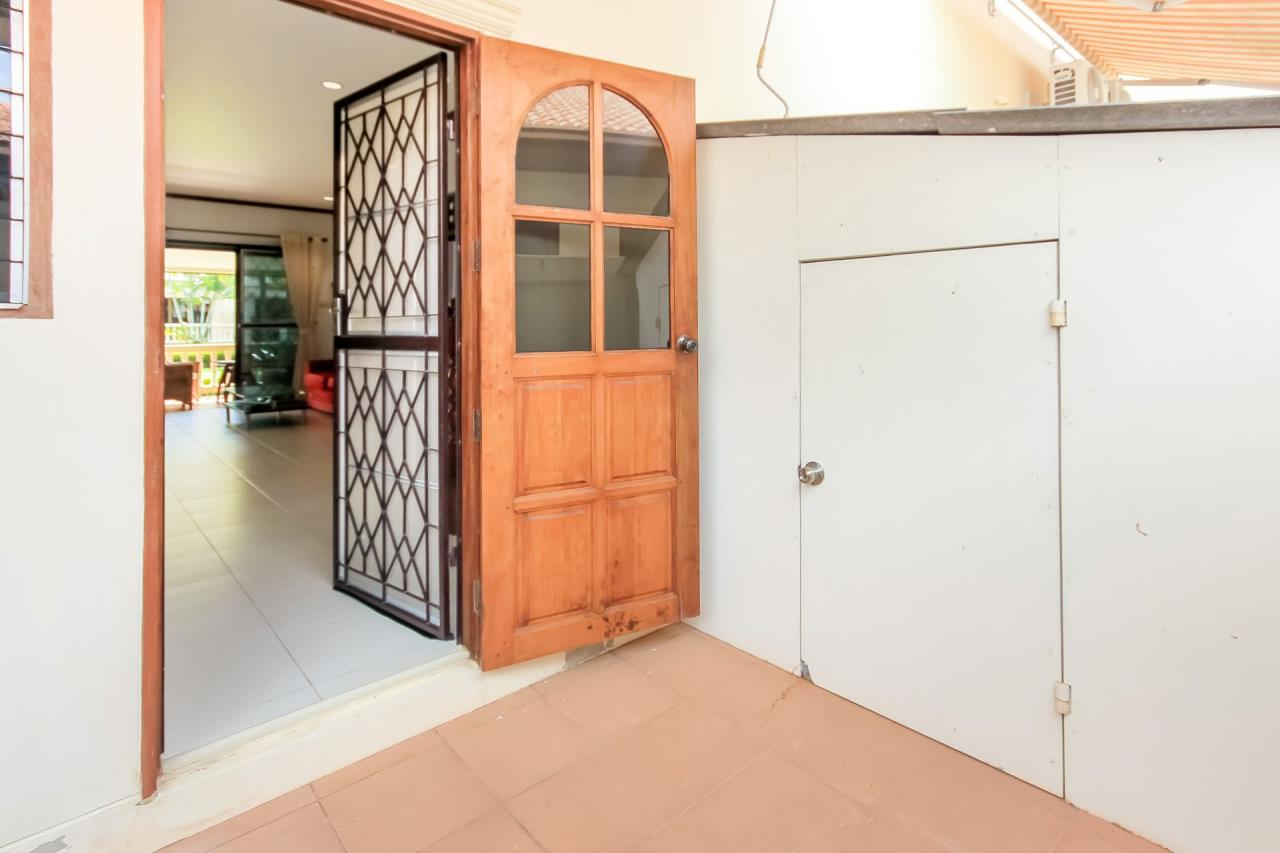 Thaiproperty1 Agency's A very nice townhouse in great location 13