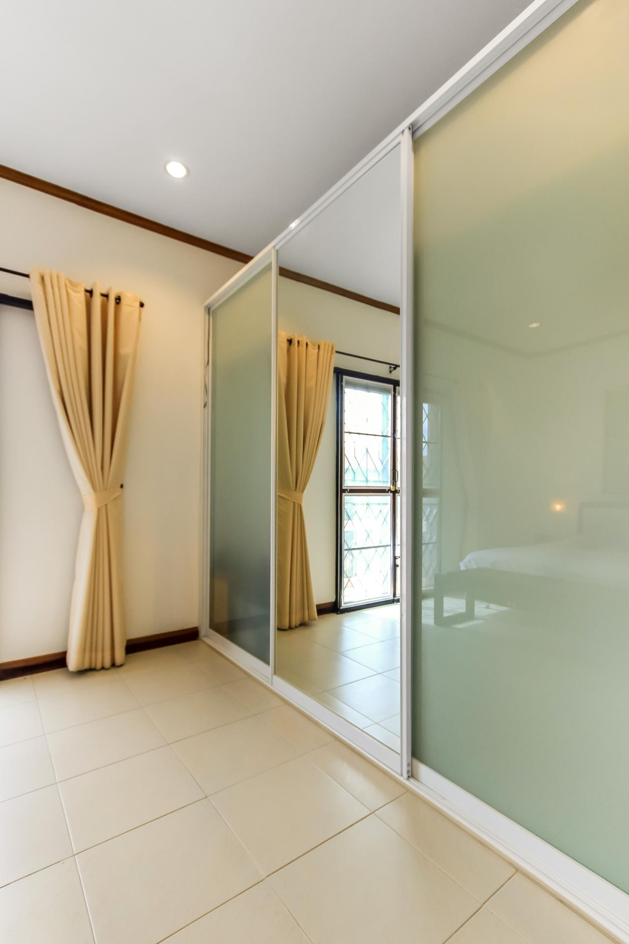 Thaiproperty1 Agency's A very nice townhouse in great location 15