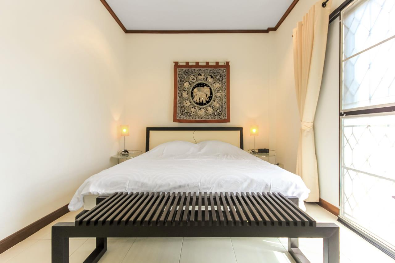 Thaiproperty1 Agency's A very nice townhouse in great location 16