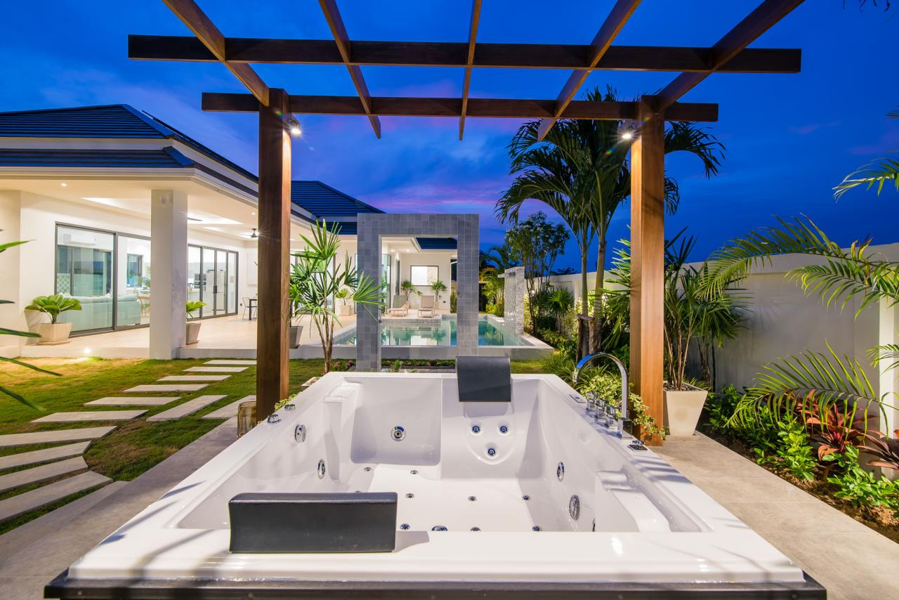 Thaiproperty1 Agency's Awesome single storey pool Villa Project - Hua Hin  1
