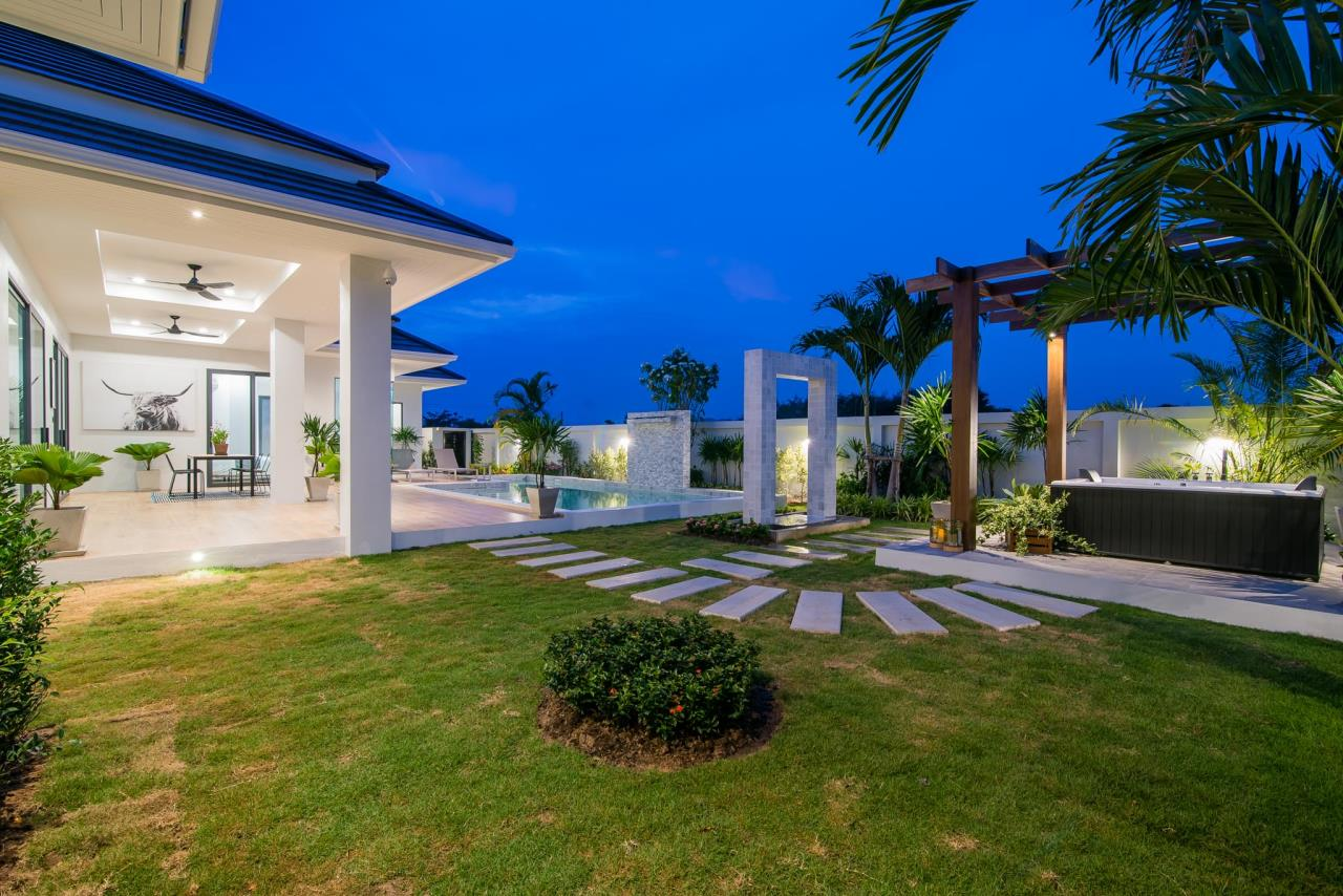 Thaiproperty1 Agency's Awesome single storey pool Villa Project - Hua Hin  38