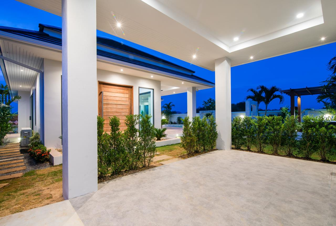 Thaiproperty1 Agency's Awesome single storey pool Villa Project - Hua Hin  42
