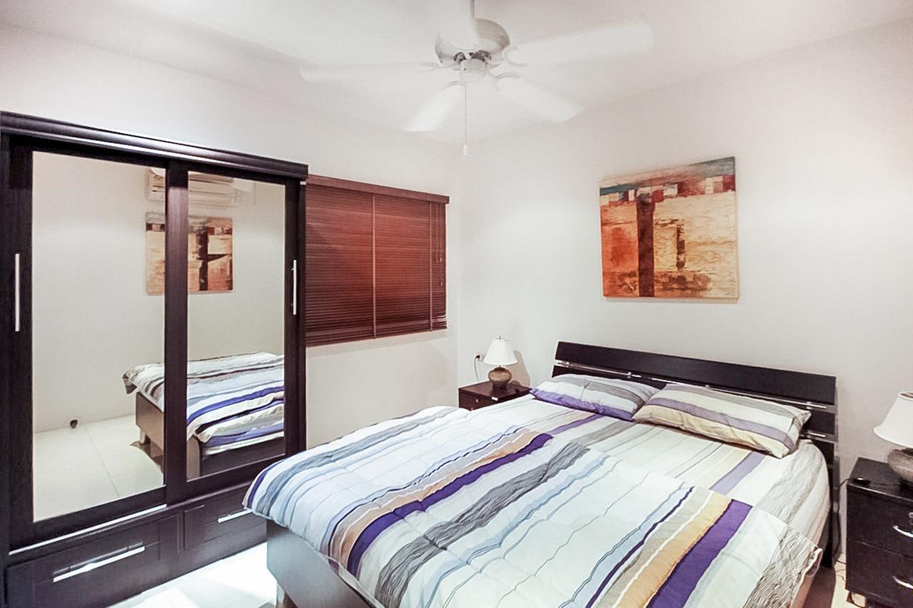 Thaiproperty1 Agency's 2 Bedroom condo at Pratamnak hill 16