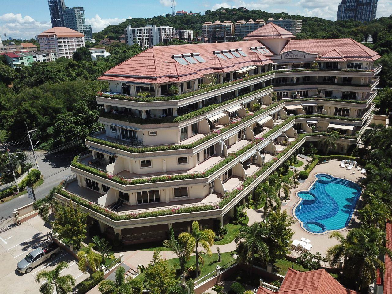 Thaiproperty1 Agency's 2 Bedroom condo at Pratamnak hill 24
