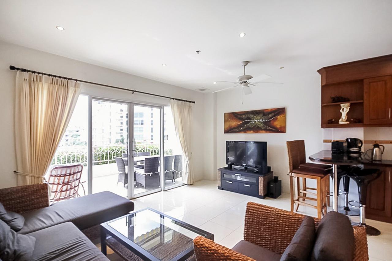 Thaiproperty1 Agency's 2 Bedroom condo at Pratamnak hill 3