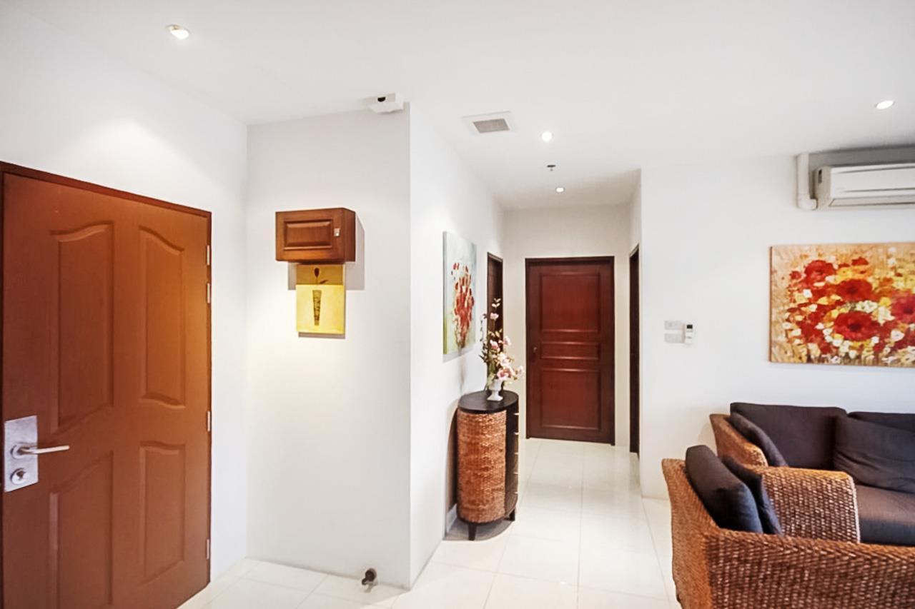 Thaiproperty1 Agency's 2 Bedroom condo at Pratamnak hill 10