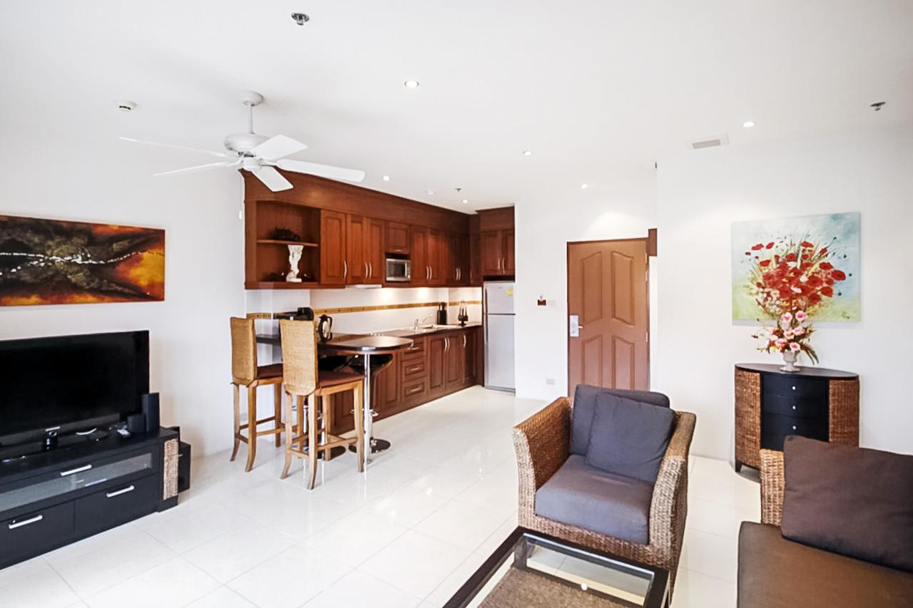 Thaiproperty1 Agency's 2 Bedroom condo at Pratamnak hill 7