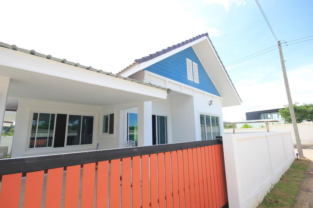 Thaiproperty1 Agency's Nice houses with great price close to Black Mountain. 1