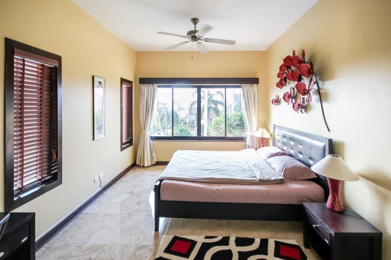 Thaiproperty1 Agency's 5 Bedroom Pool Villa at Hua Hin Horizon 22