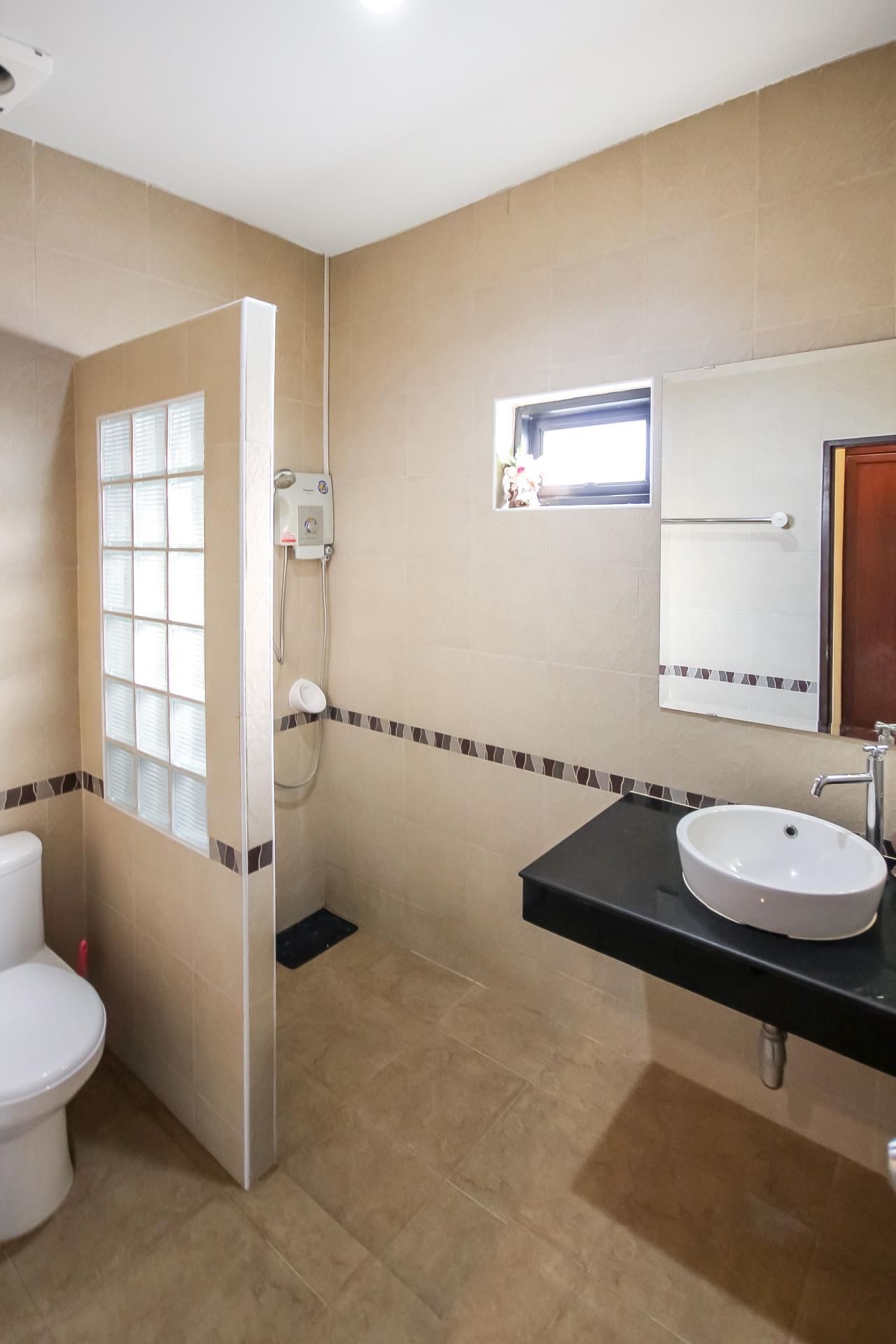 Thaiproperty1 Agency's 5 Bedroom Pool Villa at Hua Hin Horizon 23