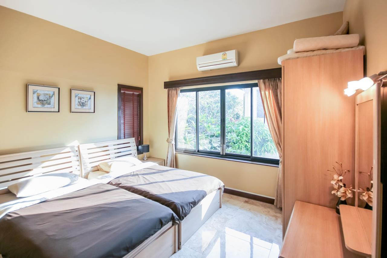 Thaiproperty1 Agency's 5 Bedroom Pool Villa at Hua Hin Horizon 26