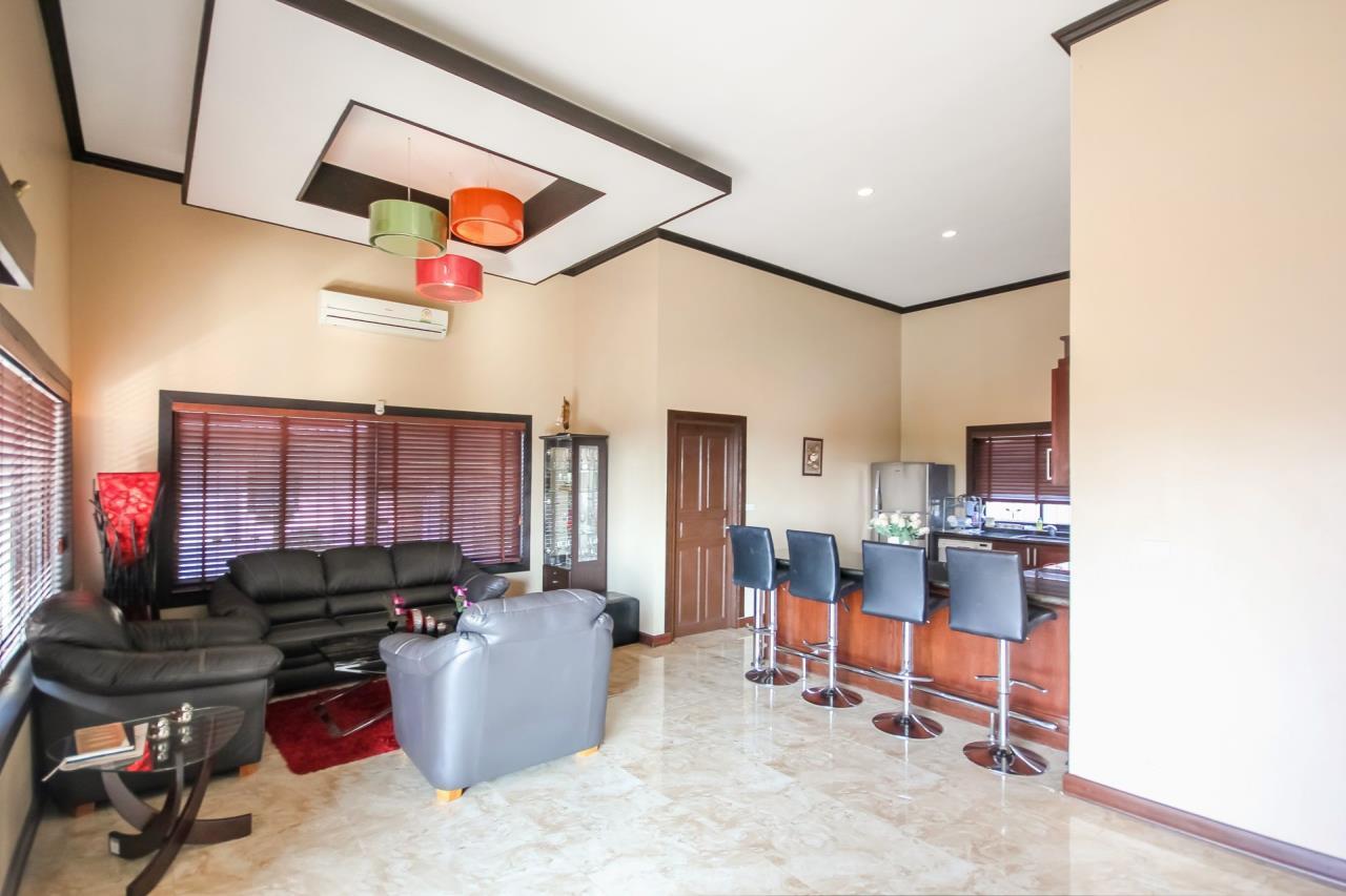 Thaiproperty1 Agency's 5 Bedroom Pool Villa at Hua Hin Horizon 13