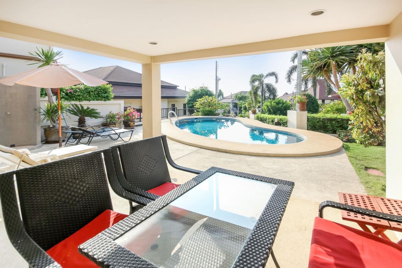 Thaiproperty1 Agency's 5 Bedroom Pool Villa at Hua Hin Horizon 9