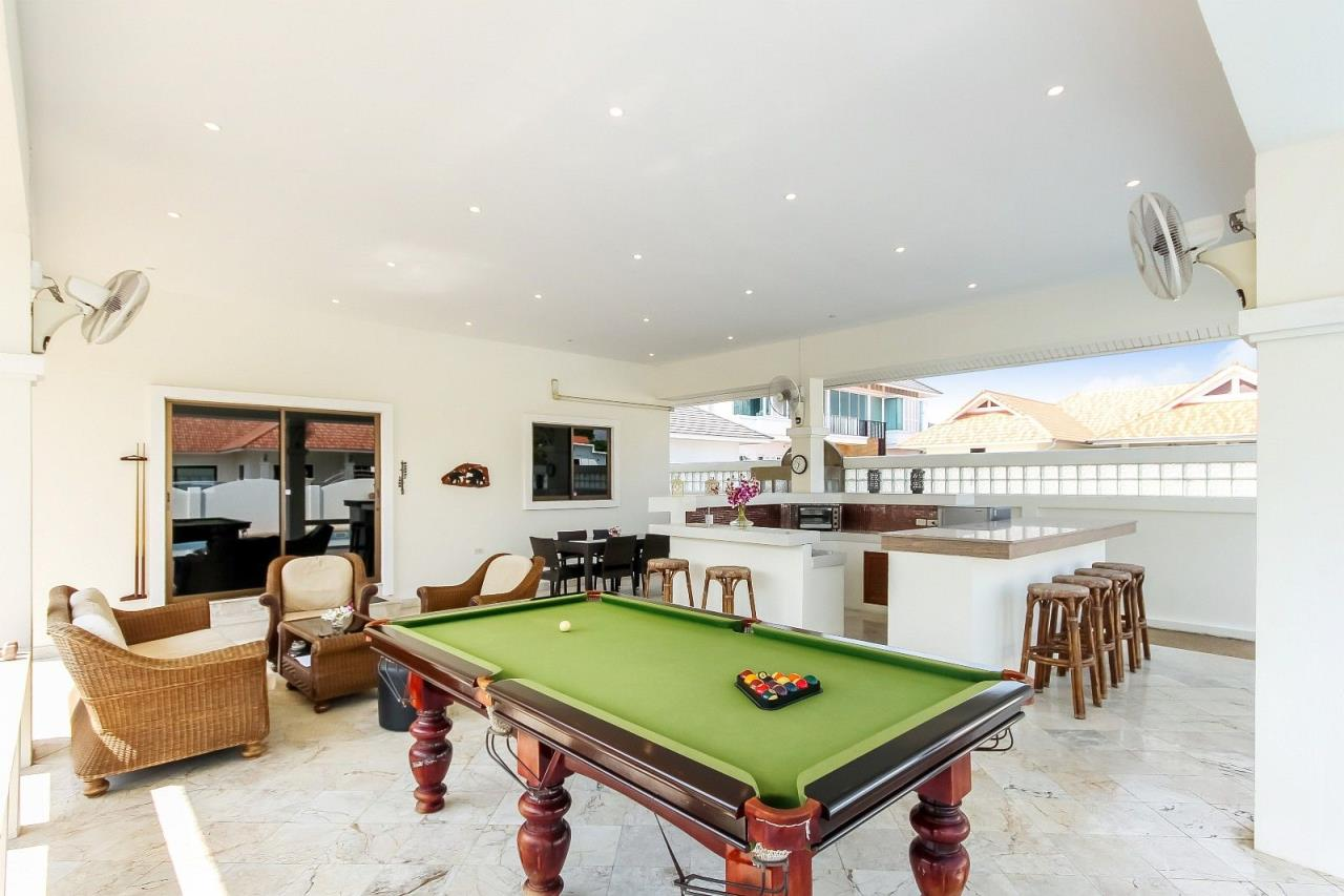 Thaiproperty1 Agency's Pool Villa with large covered outdoor area 4