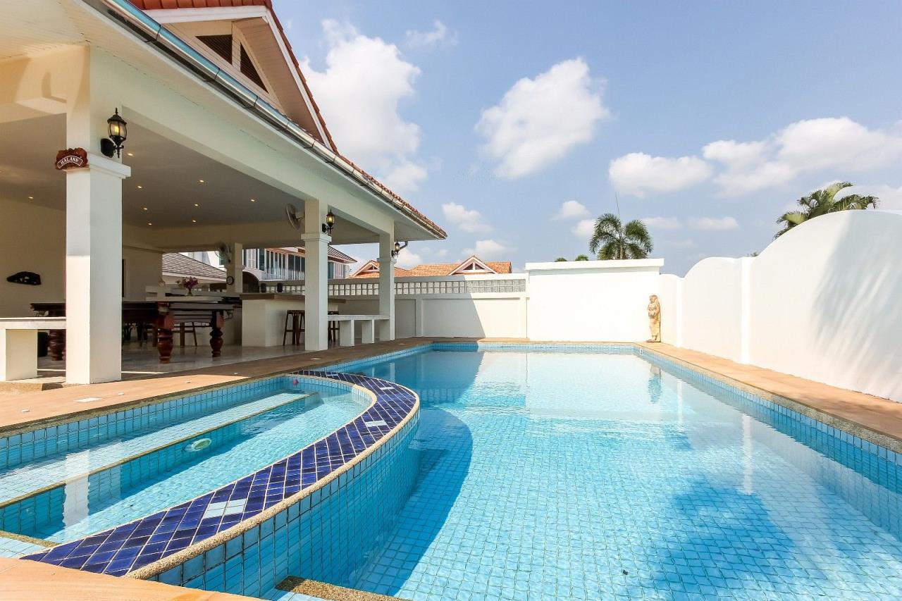 Thaiproperty1 Agency's Pool Villa with large covered outdoor area 3