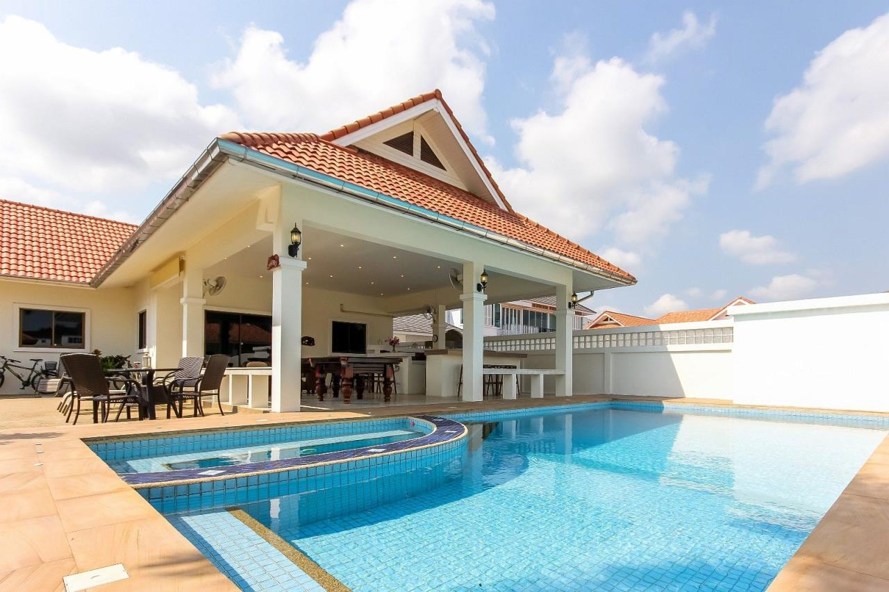 Thaiproperty1 Agency's Pool Villa with large covered outdoor area 2