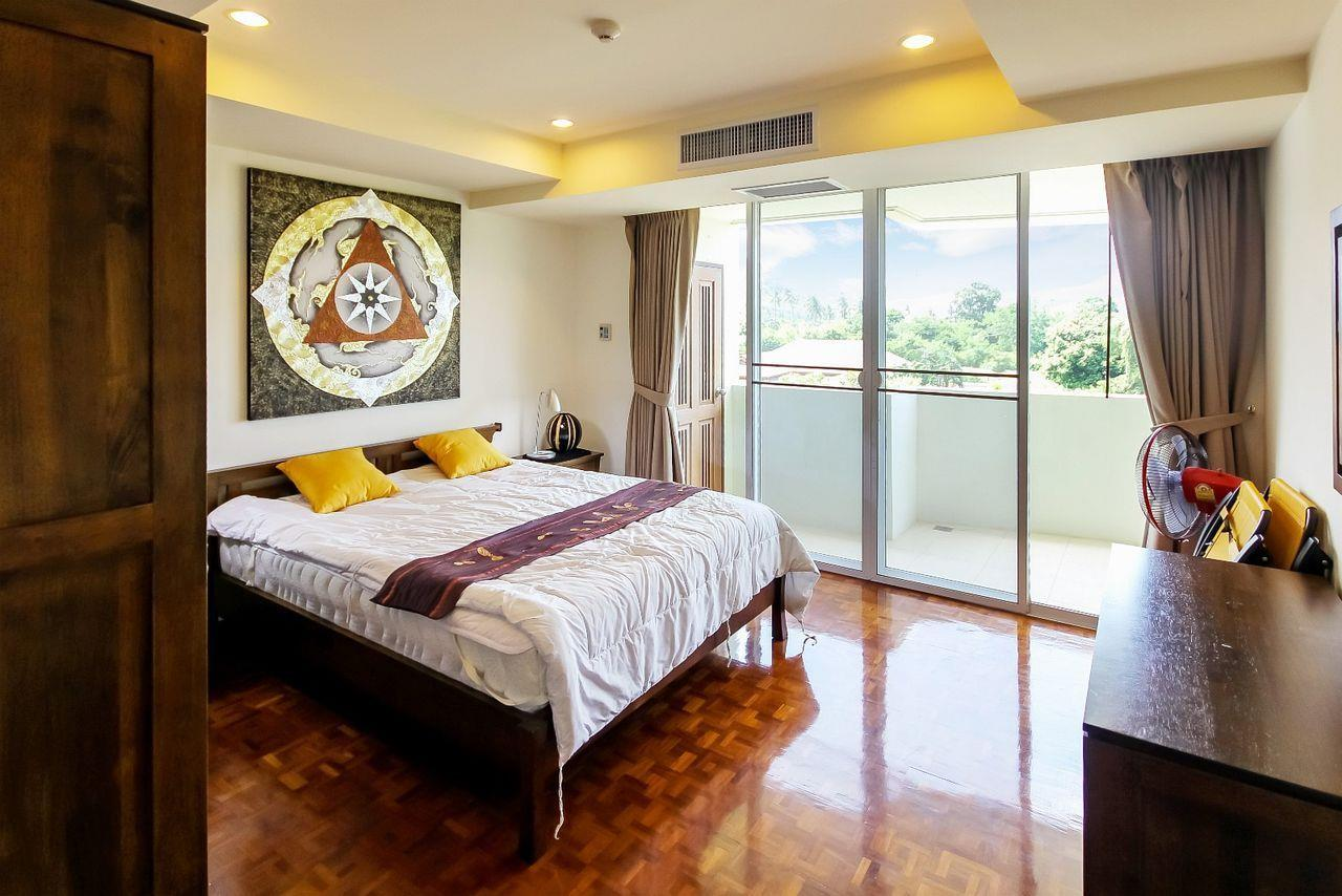 Thaiproperty1 Agency's LUXURIOUS 3 BEDROOM CONDO IN THE SOUTHERN PART OF HUA HIN. 12