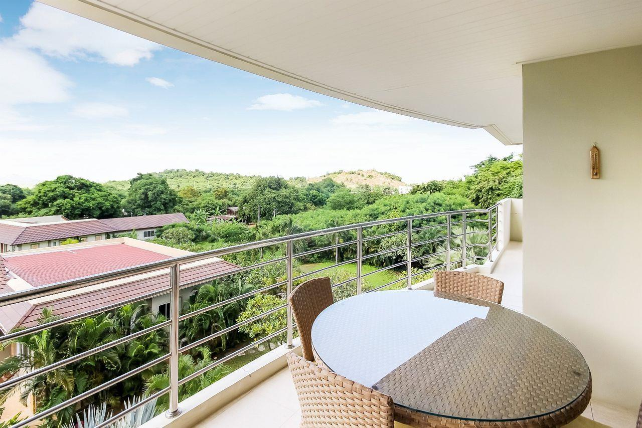 Thaiproperty1 Agency's LUXURIOUS 3 BEDROOM CONDO IN THE SOUTHERN PART OF HUA HIN. 15