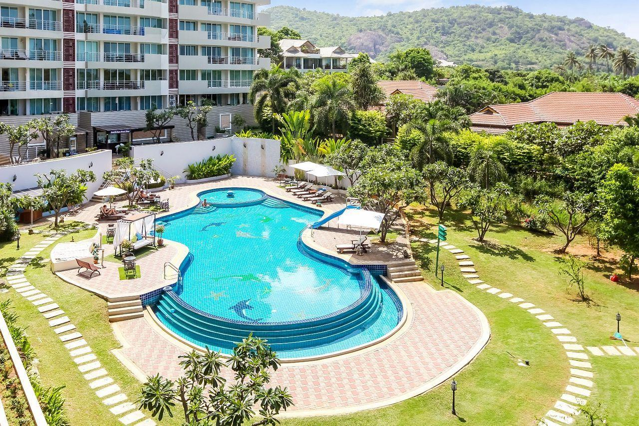 Thaiproperty1 Agency's LUXURIOUS 3 BEDROOM CONDO IN THE SOUTHERN PART OF HUA HIN. 20