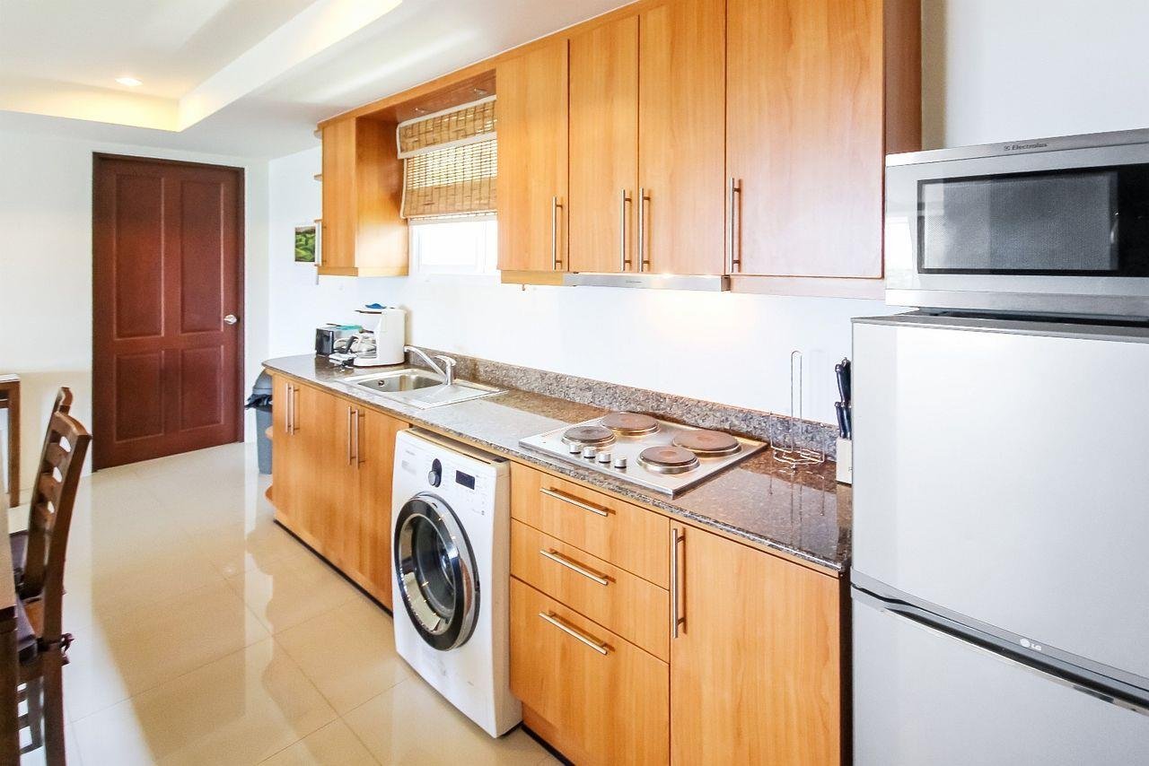 Thaiproperty1 Agency's LUXURIOUS 3 BEDROOM CONDO IN THE SOUTHERN PART OF HUA HIN. 4