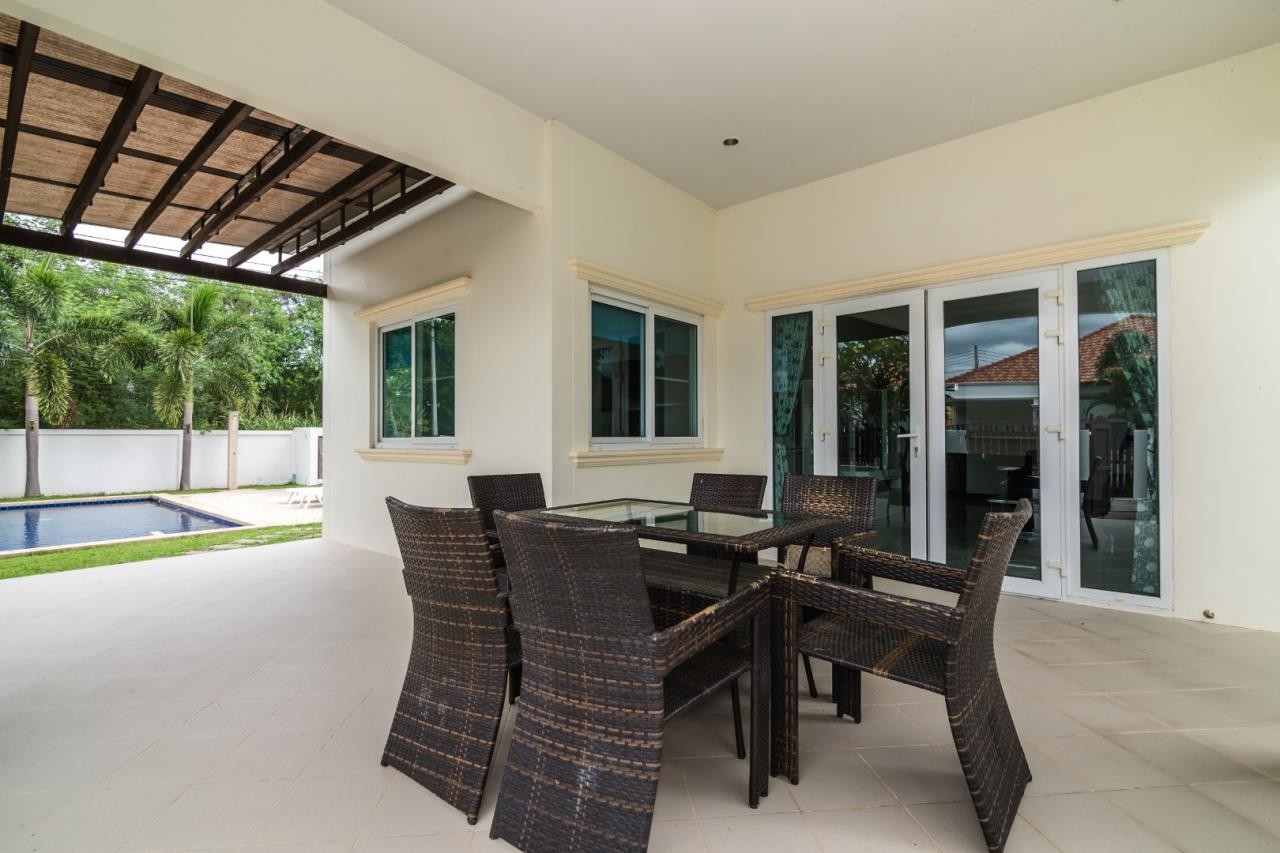 Thaiproperty1 Agency's  3 bedroom single level pool villa 4