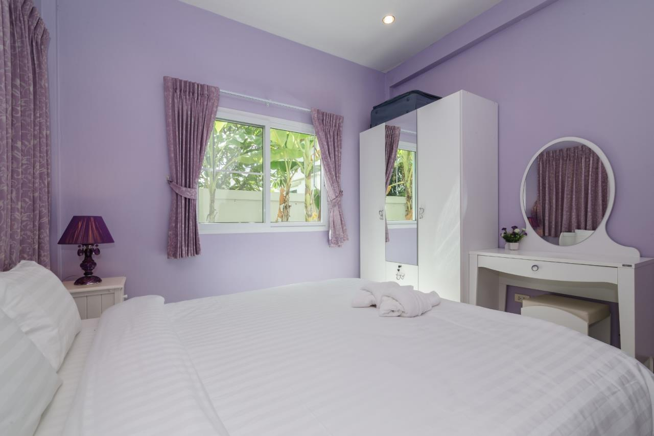 Thaiproperty1 Agency's  3 bedroom single level pool villa 13