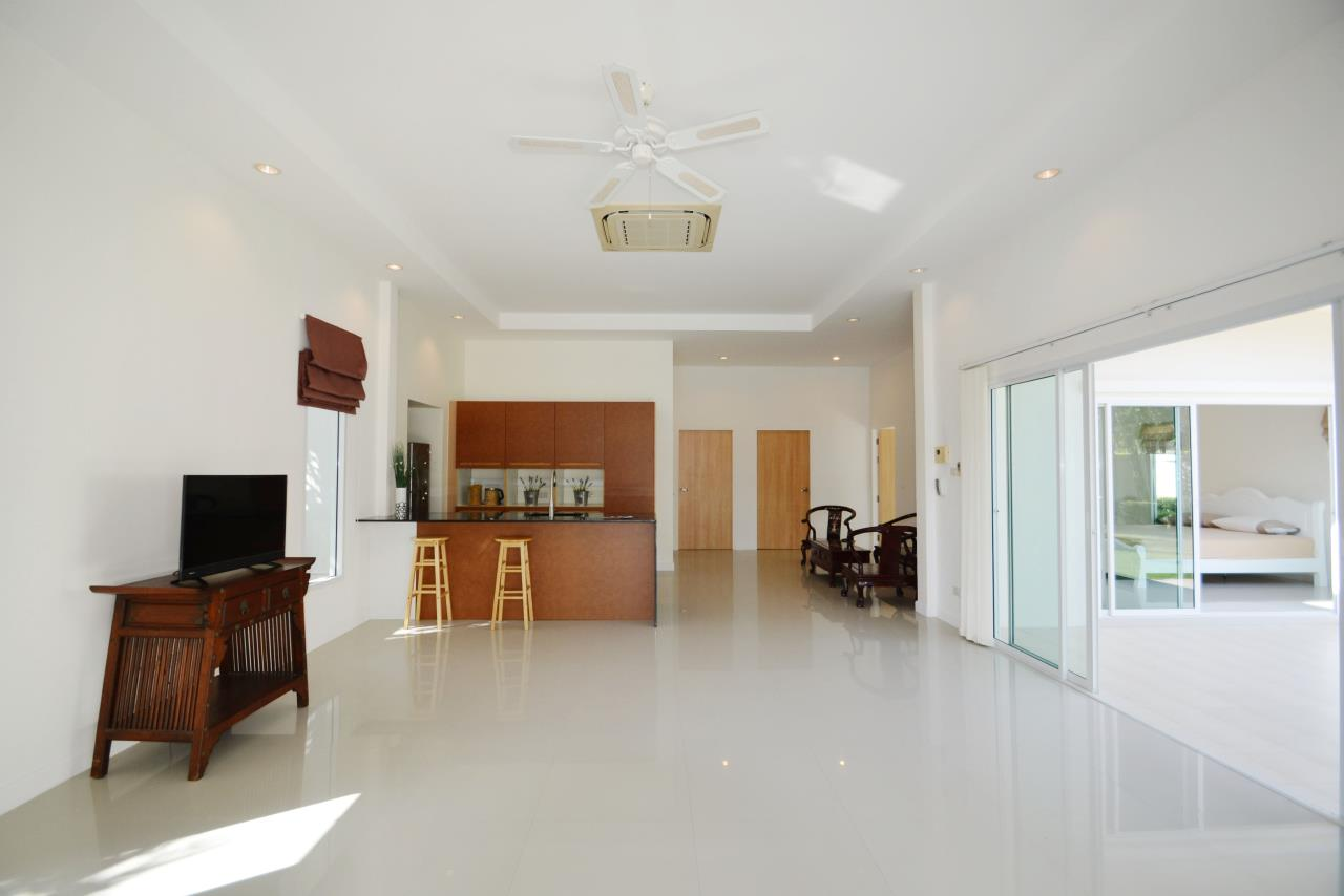 Thaiproperty1 Agency's Ave 88 Pool Villa.. Best LOCATION 6