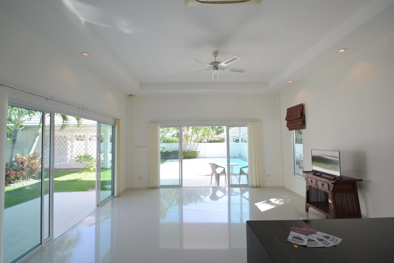 Thaiproperty1 Agency's Ave 88 Pool Villa.. Best LOCATION 10
