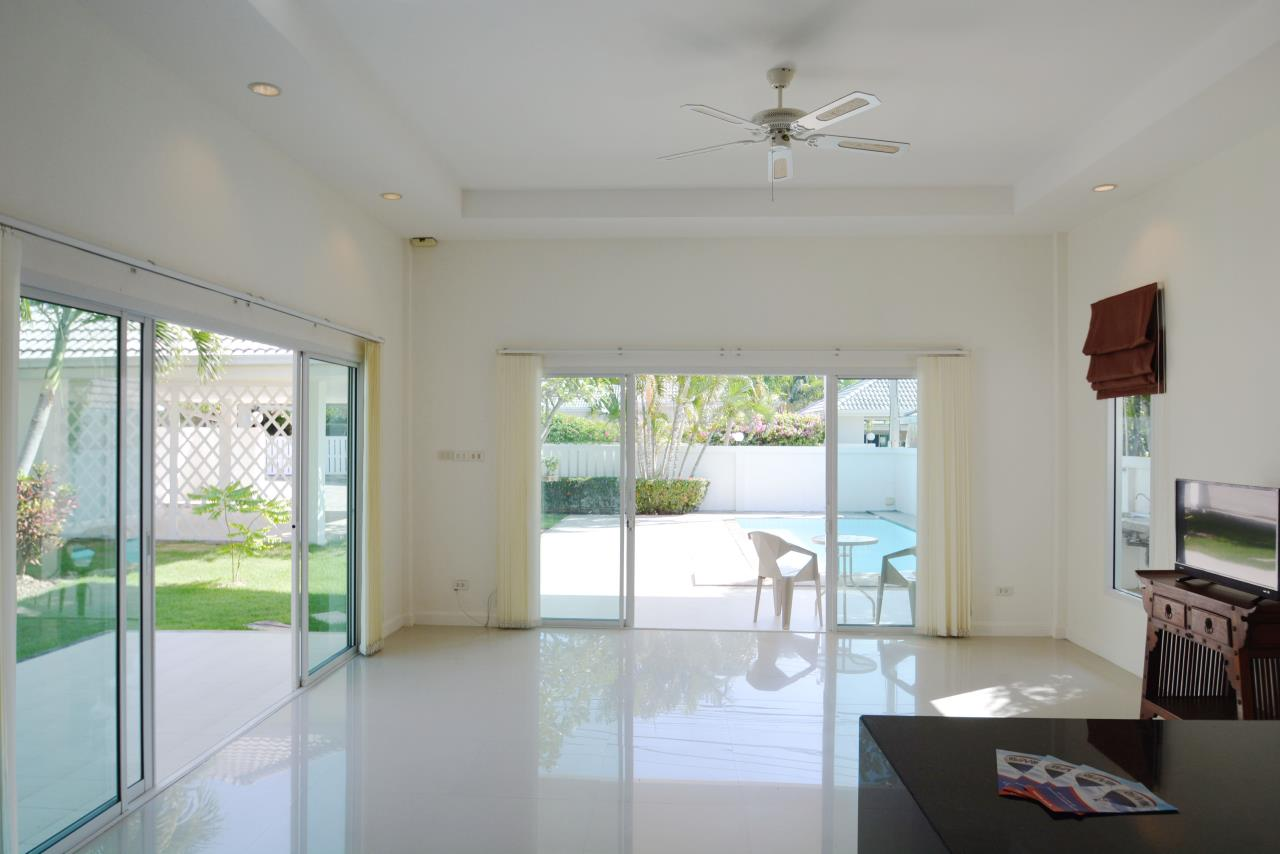 Thaiproperty1 Agency's Ave 88 Pool Villa.. Best LOCATION 11