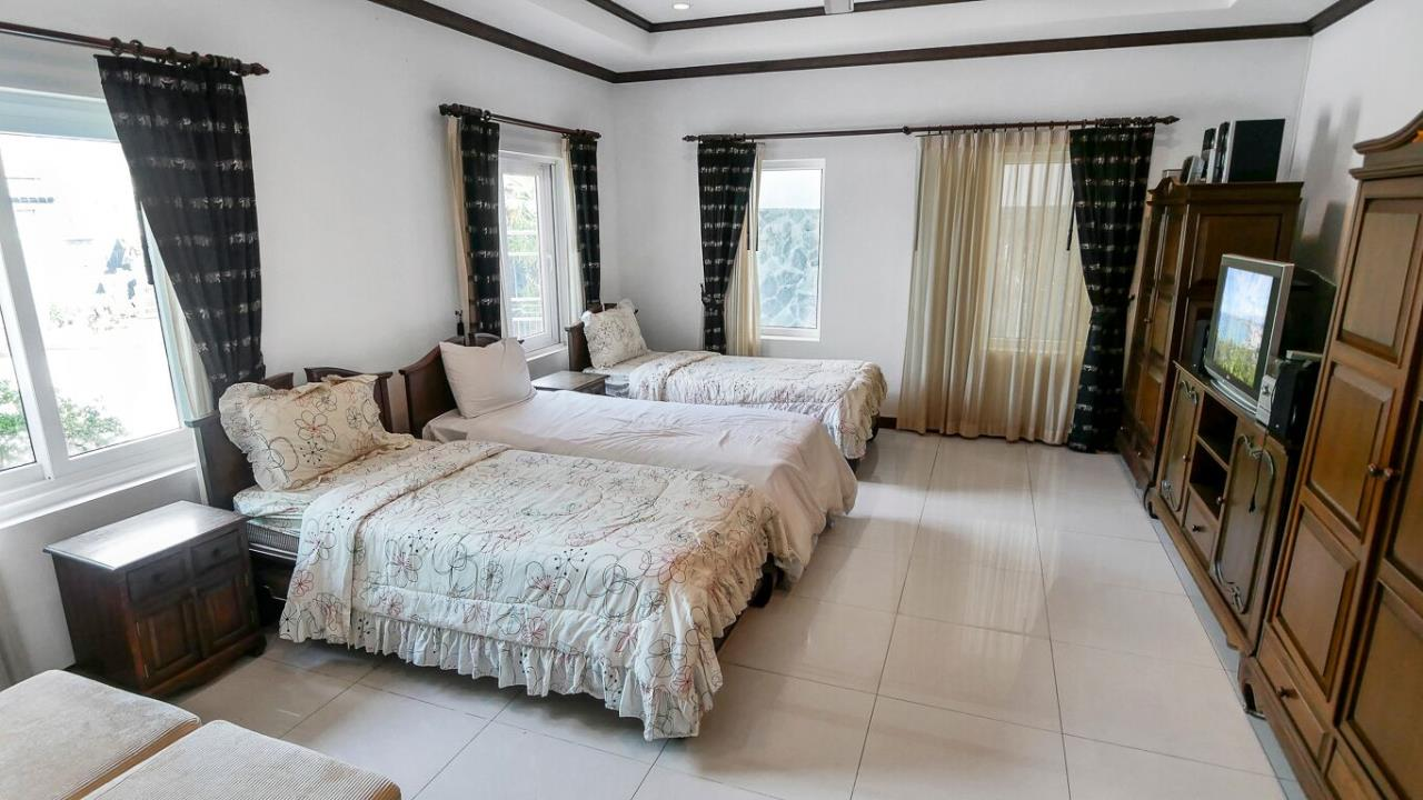 Thaiproperty1 Agency's LUXURY VILLA ON 1720 SQM LAND PLOT FOR SALE IN EAST PATTAYA  27