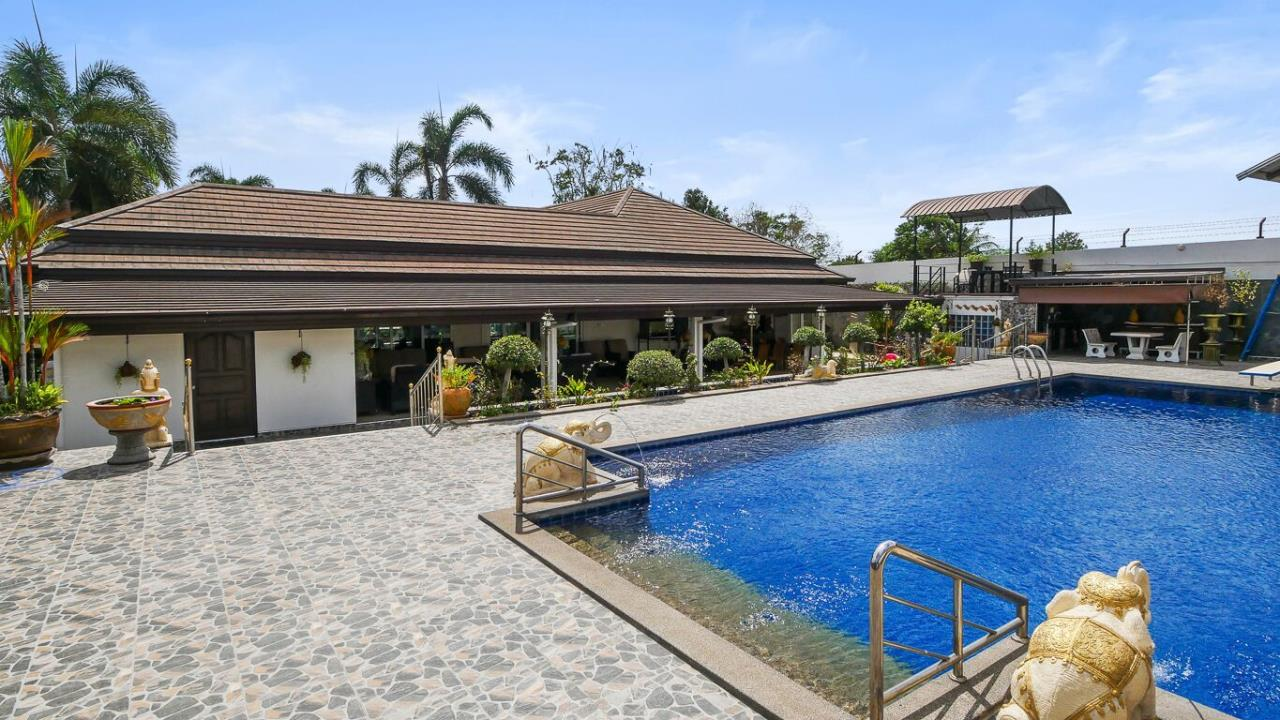 Thaiproperty1 Agency's LUXURY VILLA ON 1720 SQM LAND PLOT FOR SALE IN EAST PATTAYA  42