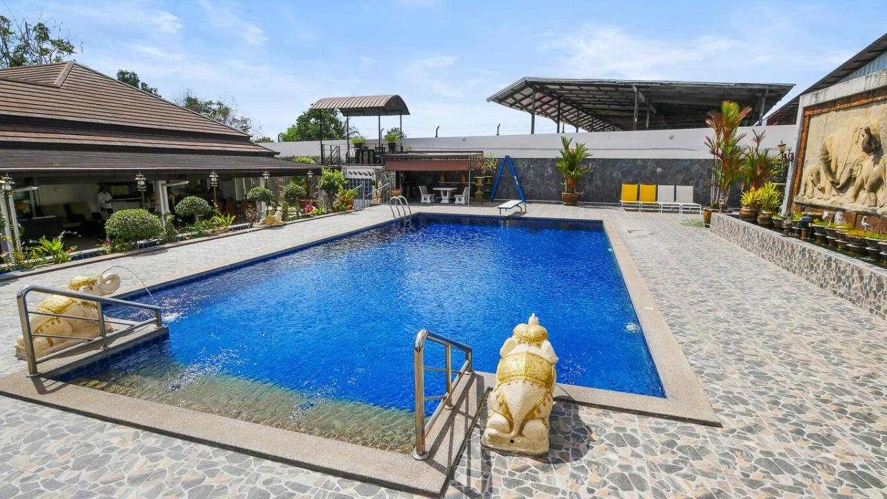 Thaiproperty1 Agency's LUXURY VILLA ON 1720 SQM LAND PLOT FOR SALE IN EAST PATTAYA  4