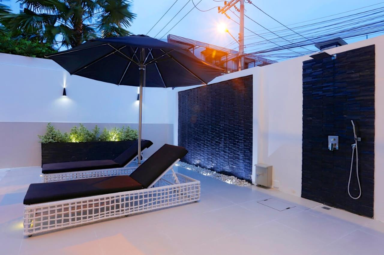 Thaiproperty1 Agency's UNIQUE LUXURY POOL VILLA ON PRATAMNAK HILL 38