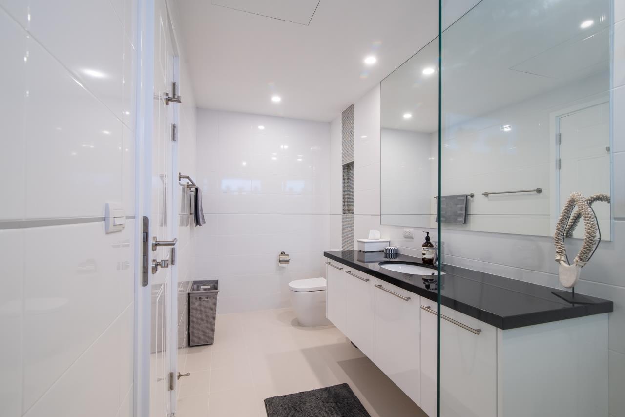 Thaiproperty1 Agency's Luxury 2-Storey Modern Pool Villa - Falcon Hill Hua Hin 36
