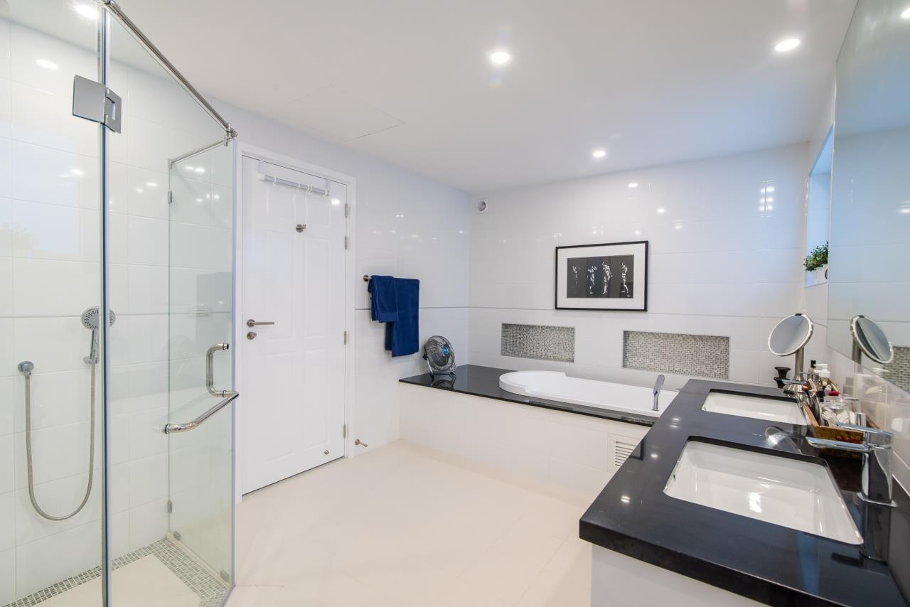Thaiproperty1 Agency's Luxury 2-Storey Modern Pool Villa - Falcon Hill Hua Hin 20