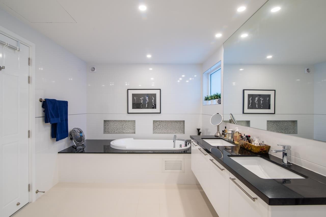 Thaiproperty1 Agency's Luxury 2-Storey Modern Pool Villa - Falcon Hill Hua Hin 21