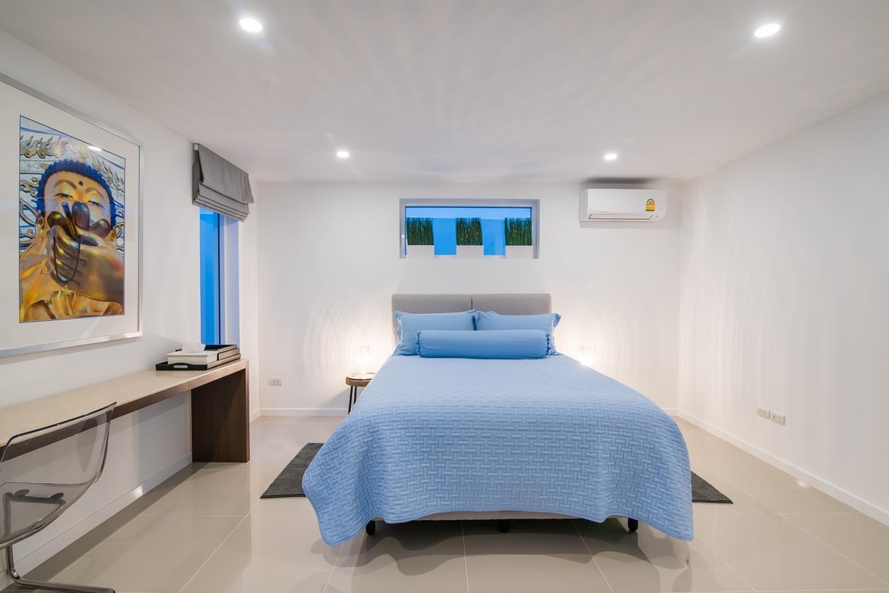 Thaiproperty1 Agency's Luxury 2-Storey Modern Pool Villa - Falcon Hill Hua Hin 44
