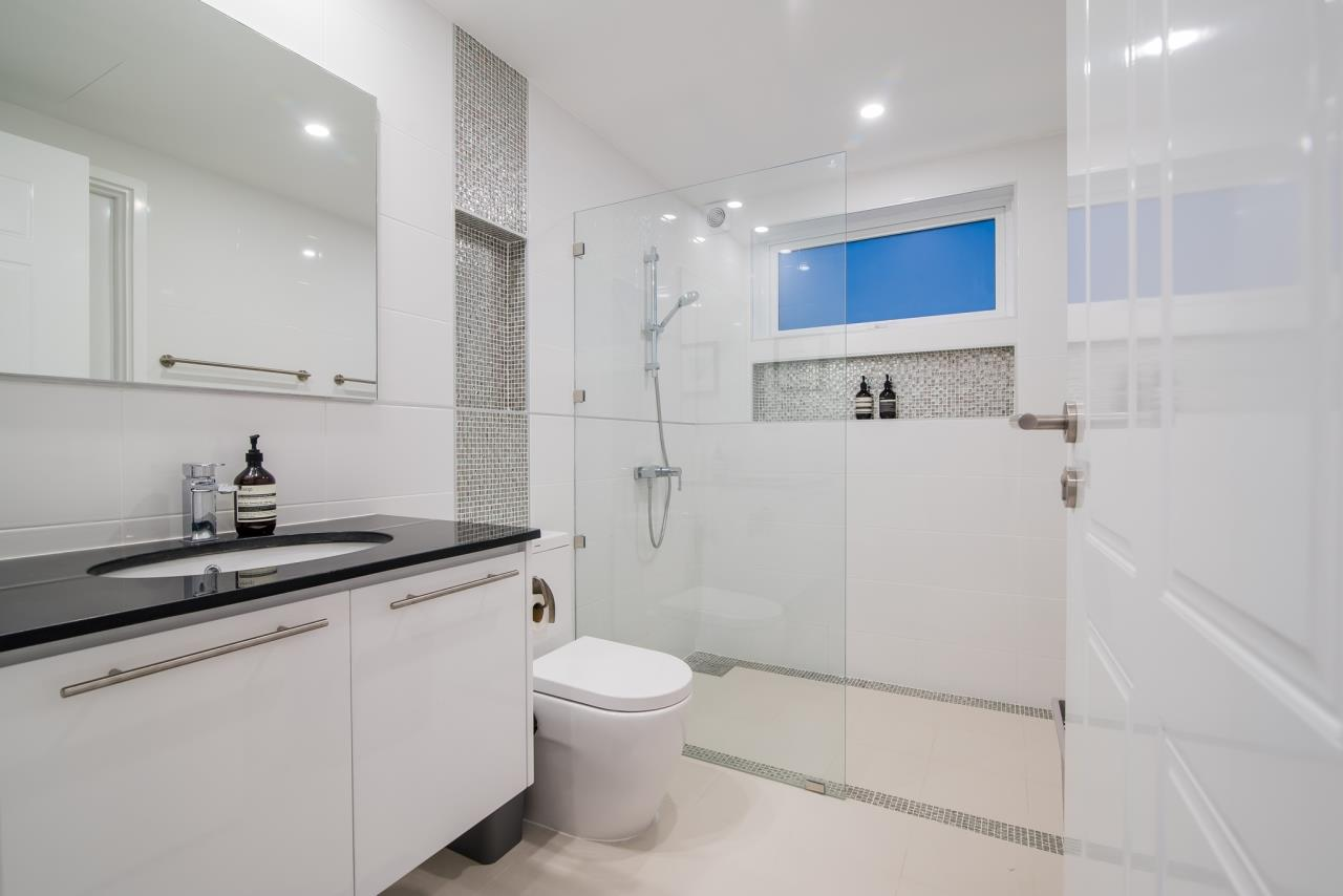 Thaiproperty1 Agency's Luxury 2-Storey Modern Pool Villa - Falcon Hill Hua Hin 41