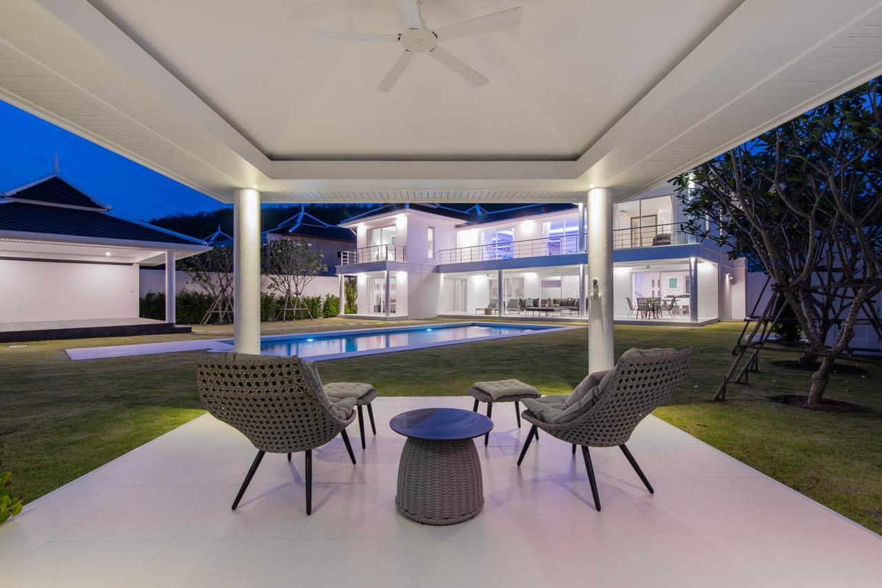 Thaiproperty1 Agency's Luxury 2-Storey Modern Pool Villa - Falcon Hill Hua Hin 50