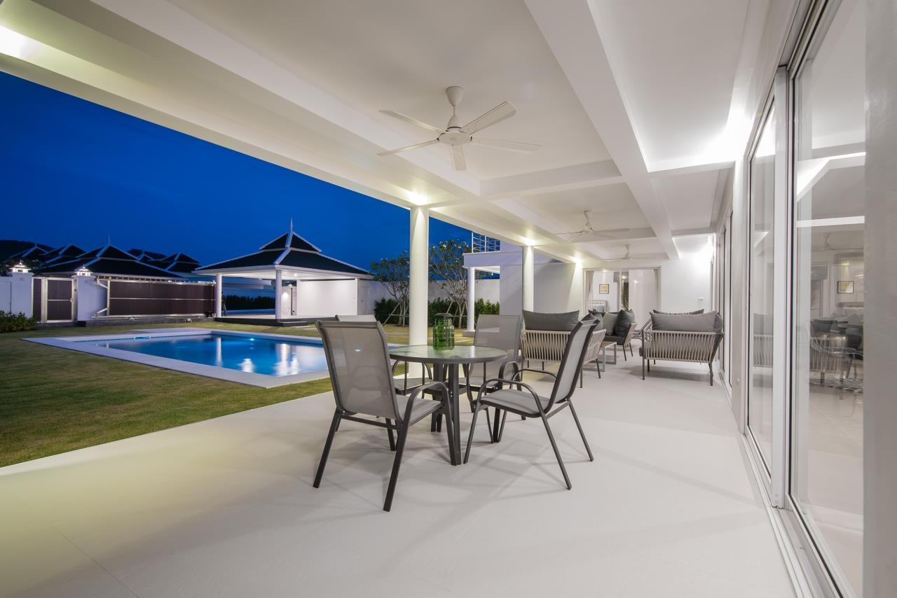 Thaiproperty1 Agency's Luxury 2-Storey Modern Pool Villa - Falcon Hill Hua Hin 47