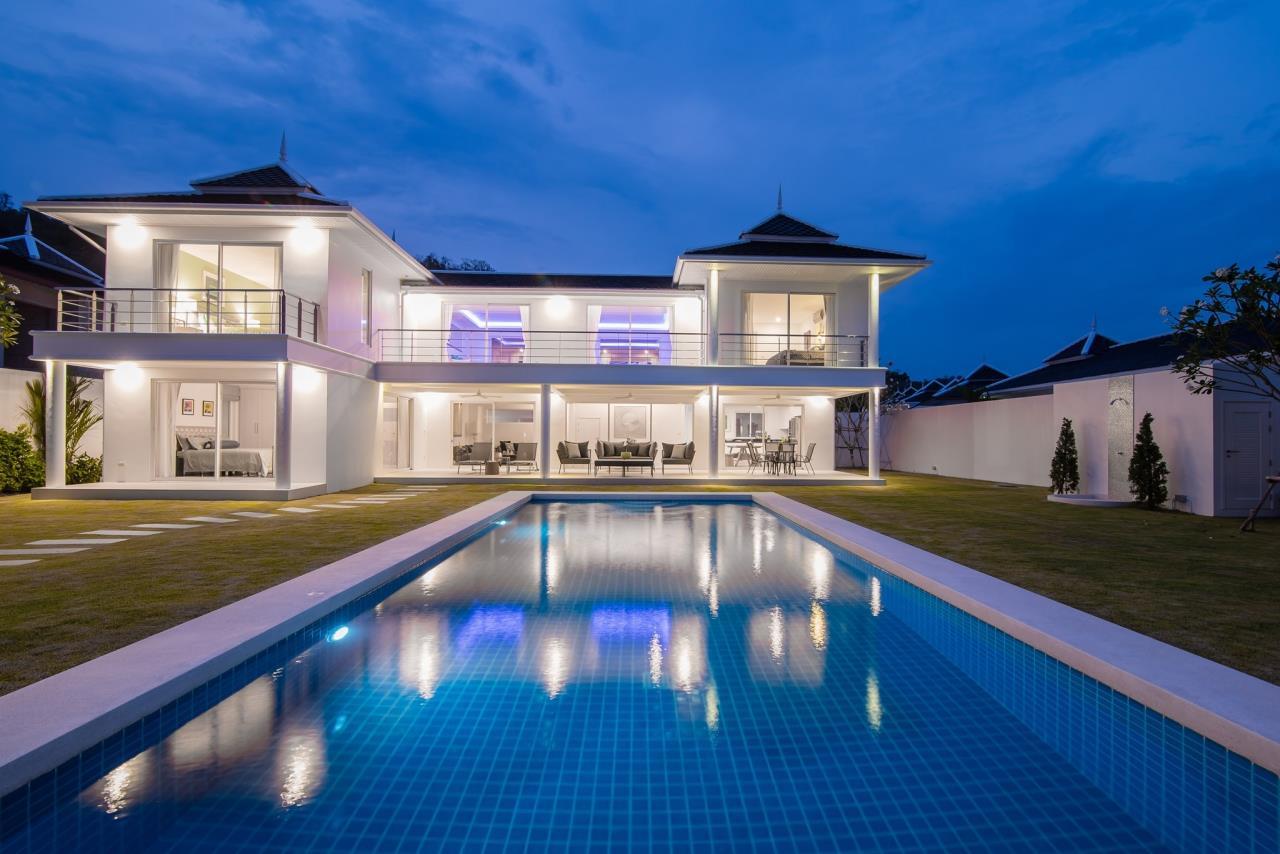 Thaiproperty1 Agency's Luxury 2-Storey Modern Pool Villa - Falcon Hill Hua Hin 3