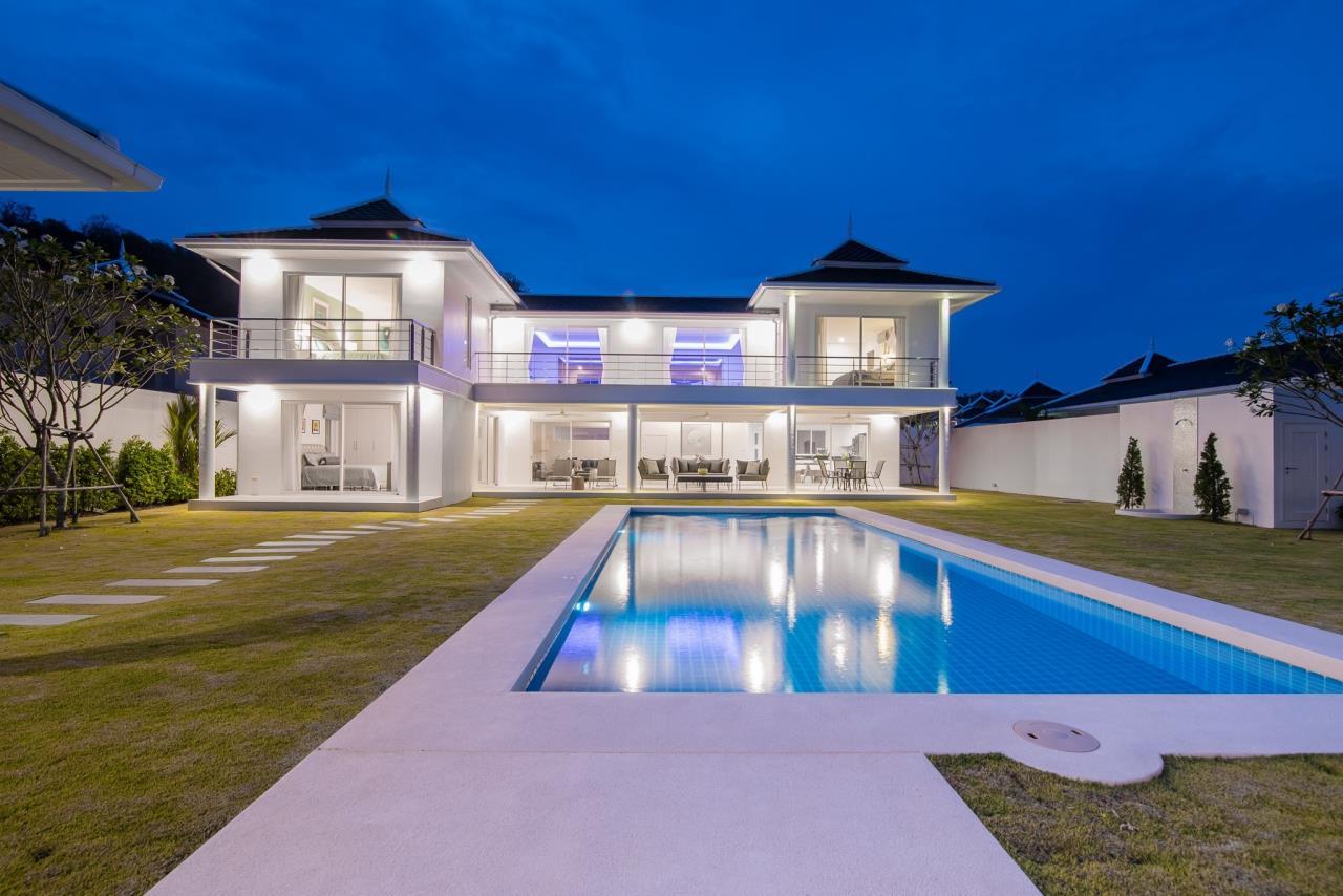 Thaiproperty1 Agency's Luxury 2-Storey Modern Pool Villa - Falcon Hill Hua Hin 2