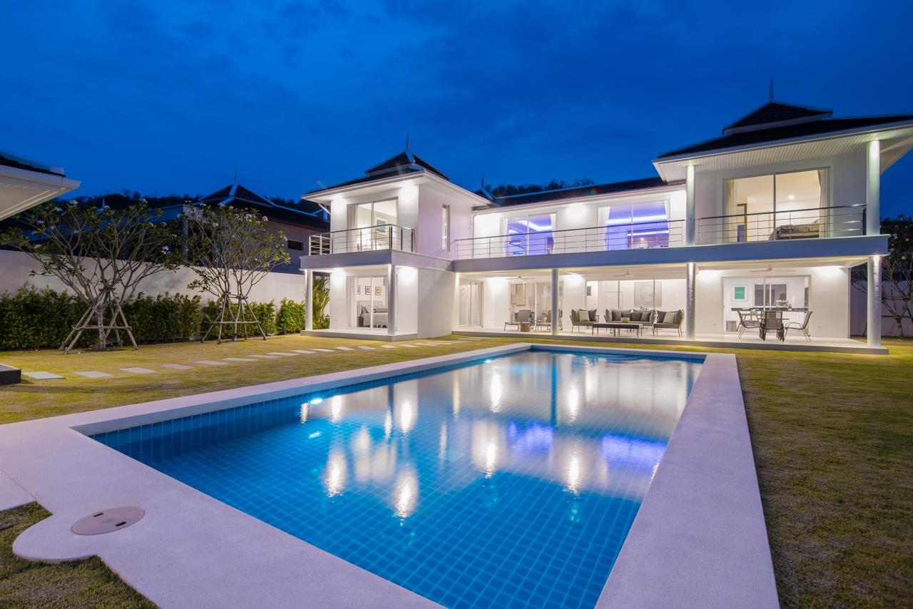 Thaiproperty1 Agency's Luxury 2-Storey Modern Pool Villa - Falcon Hill Hua Hin 1